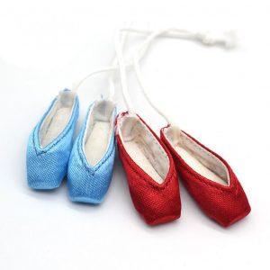souvenir mini pointe shoe