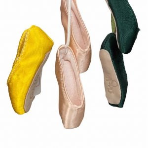 souvenir mini pointe shoe grishko